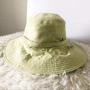 Helen Kaminski Soft Green Mid Brim Cotton Hat!